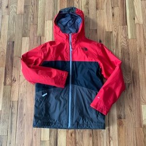 The North Face Dryvent Boys L 14/16 Jacket Red